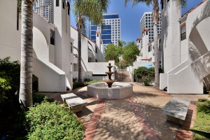 Park-Row_Downtown-SD_Courtyard