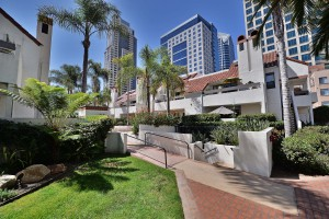 Park-Row_Downtown-SD_Courtyard3