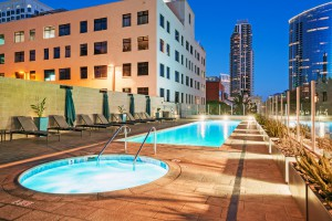Sapphire-Tower_Downtown-San-Diego-Condo_2018_ Pool-Spa_ (3)