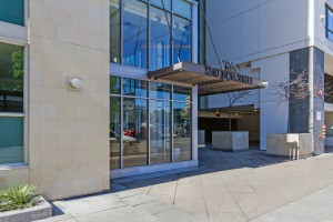 Treo_San-Diego-Downtown_entrance (2)